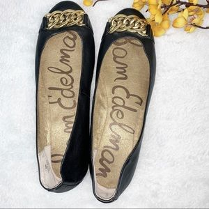 SAM EDELMAN | 10 Leather Flats w Chain Link Front
